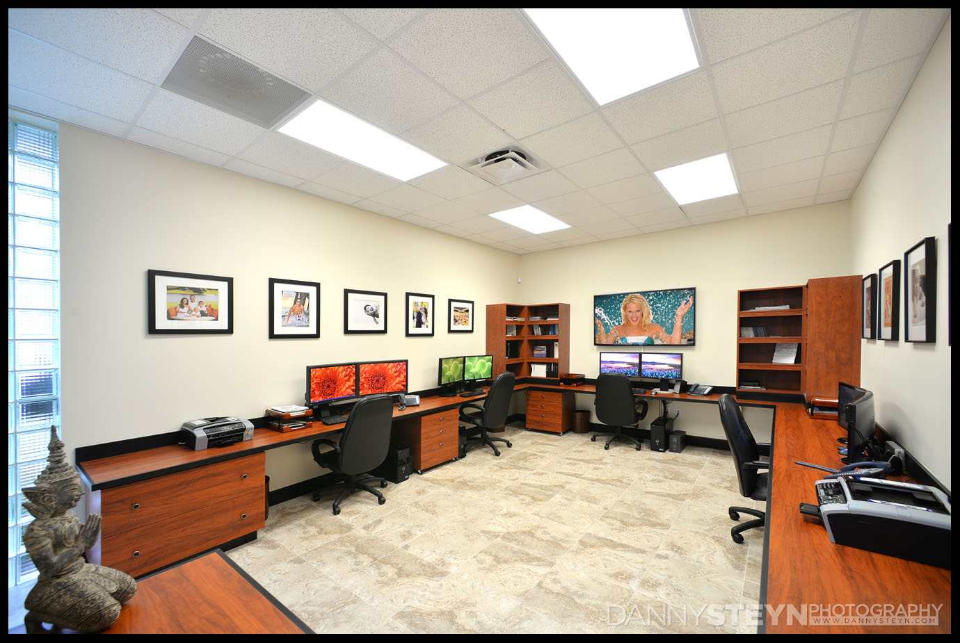 Danny Steyn Photography Studios - Editing Offices