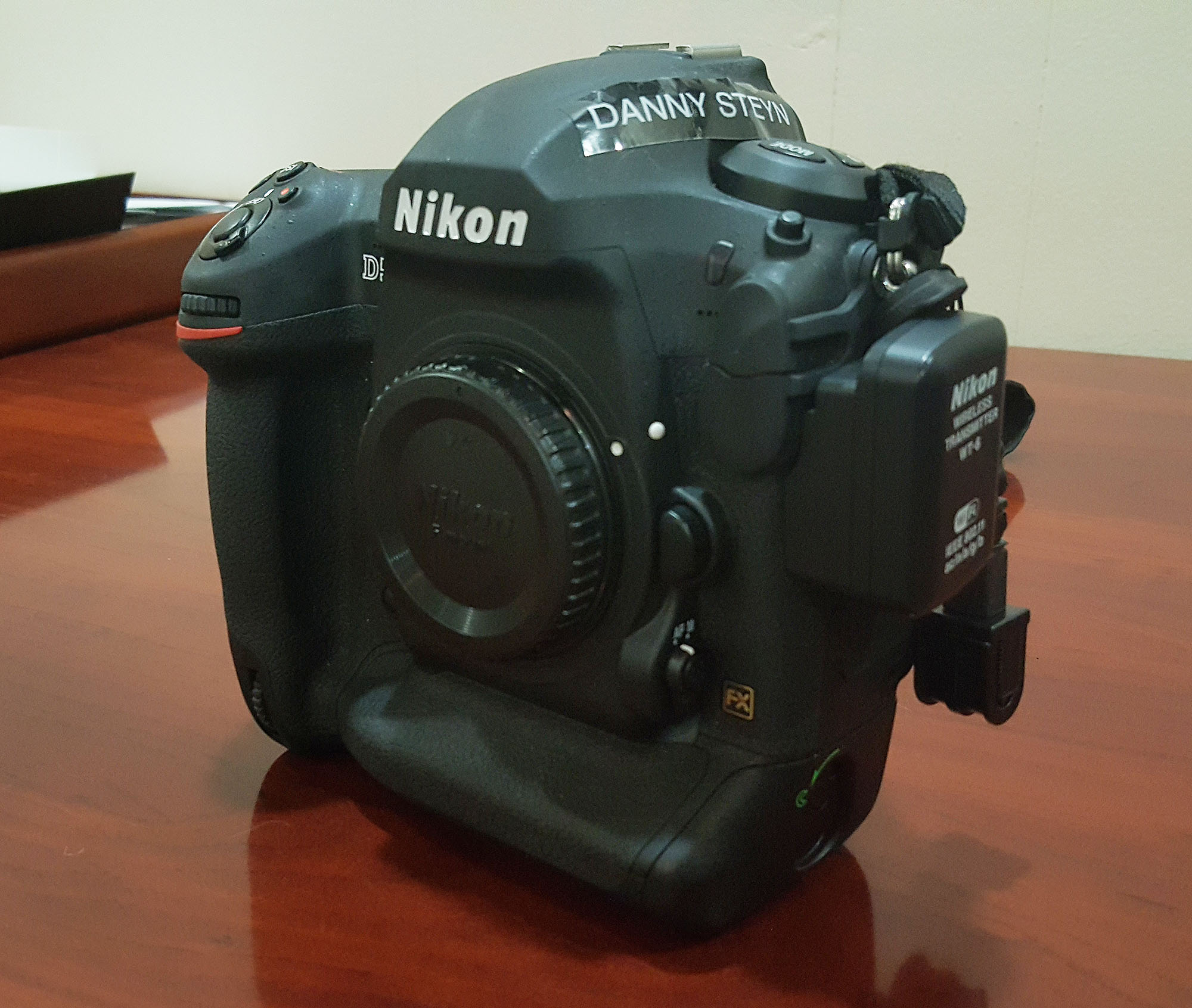 Previewing of Images on Tablets using Wireless Transmitters. Nikin D5 with Nikon WT-6A